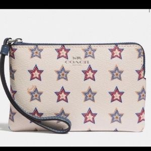 NWOT Coach Fourth Of July Star Wristlet!!